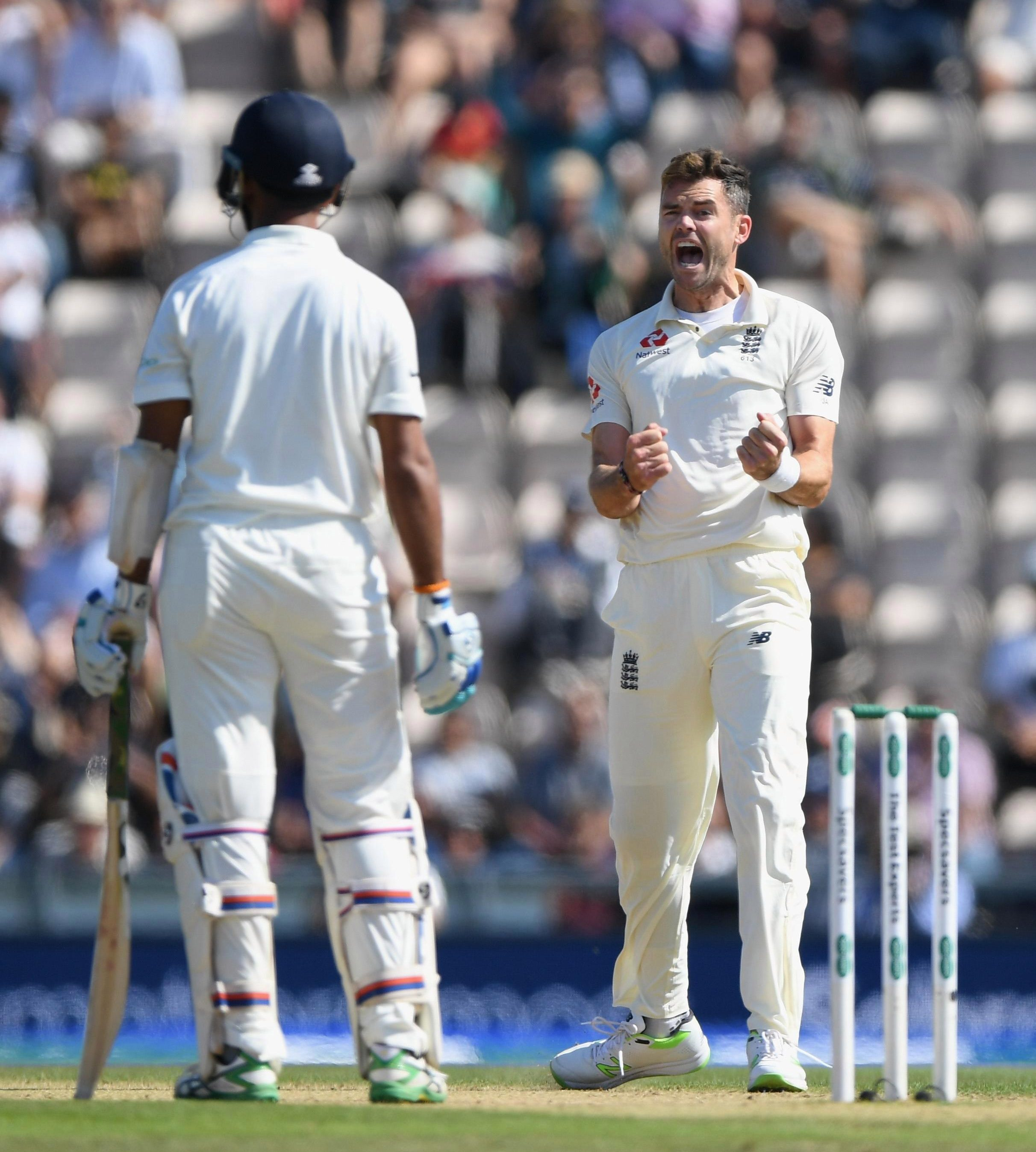 England tore through India's lower order after a stubborn fifth-wicket partnership