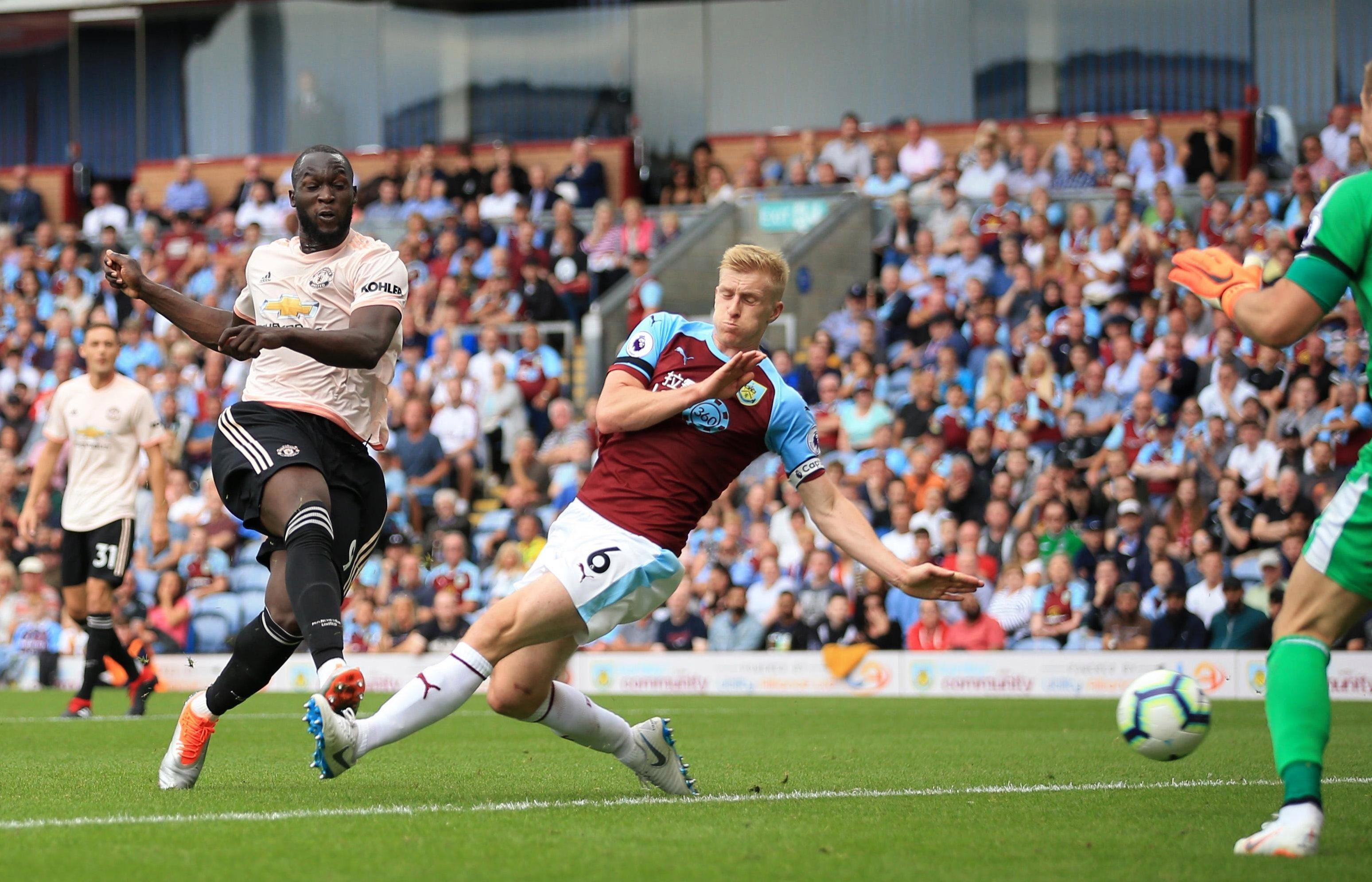 Belgian striker Lukaku struck twice in the first half to secure the points