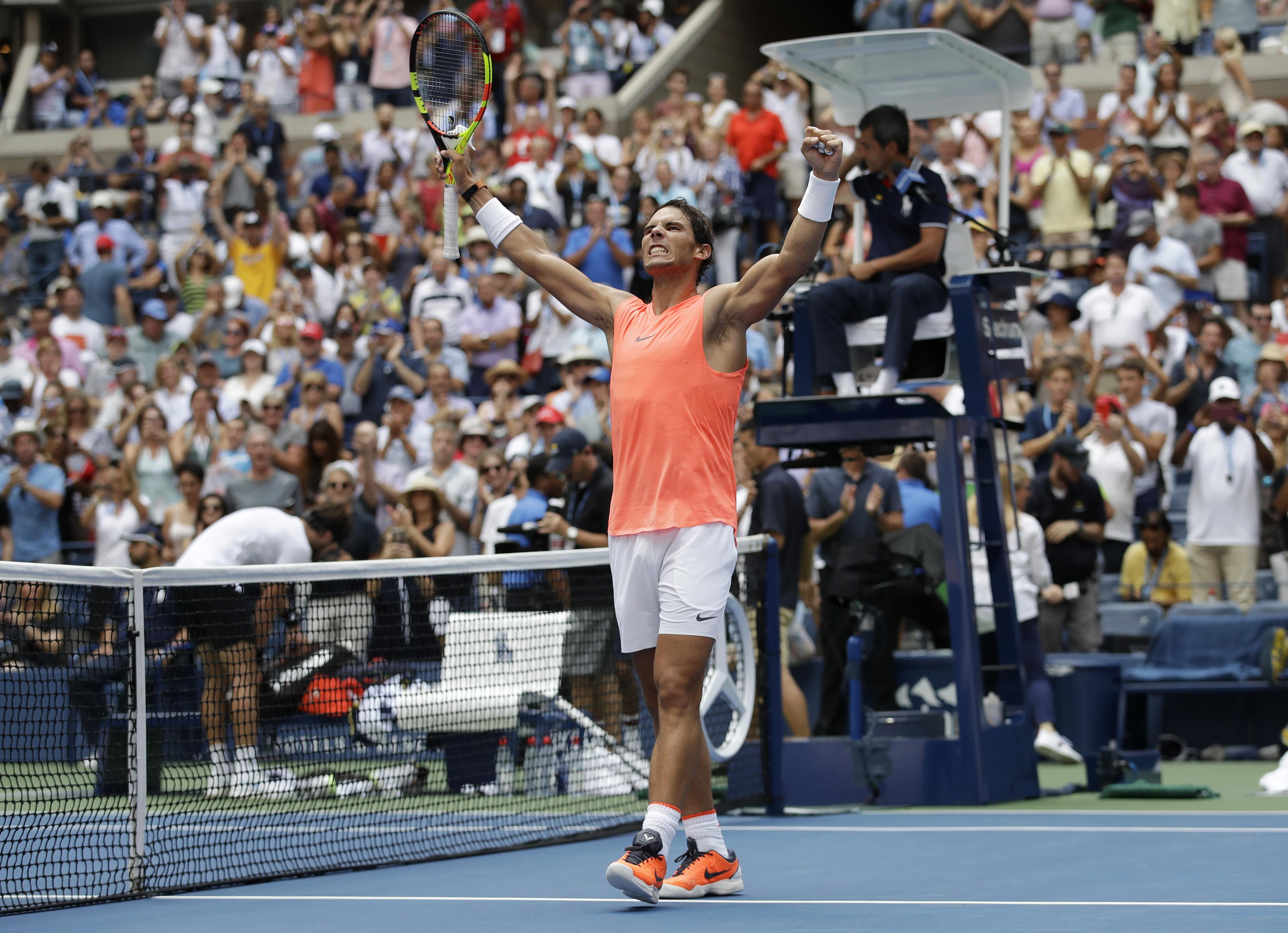 The win sets up a quarter-final clash with Dominic Thiem in a repeat of the French Open final earlier on this year