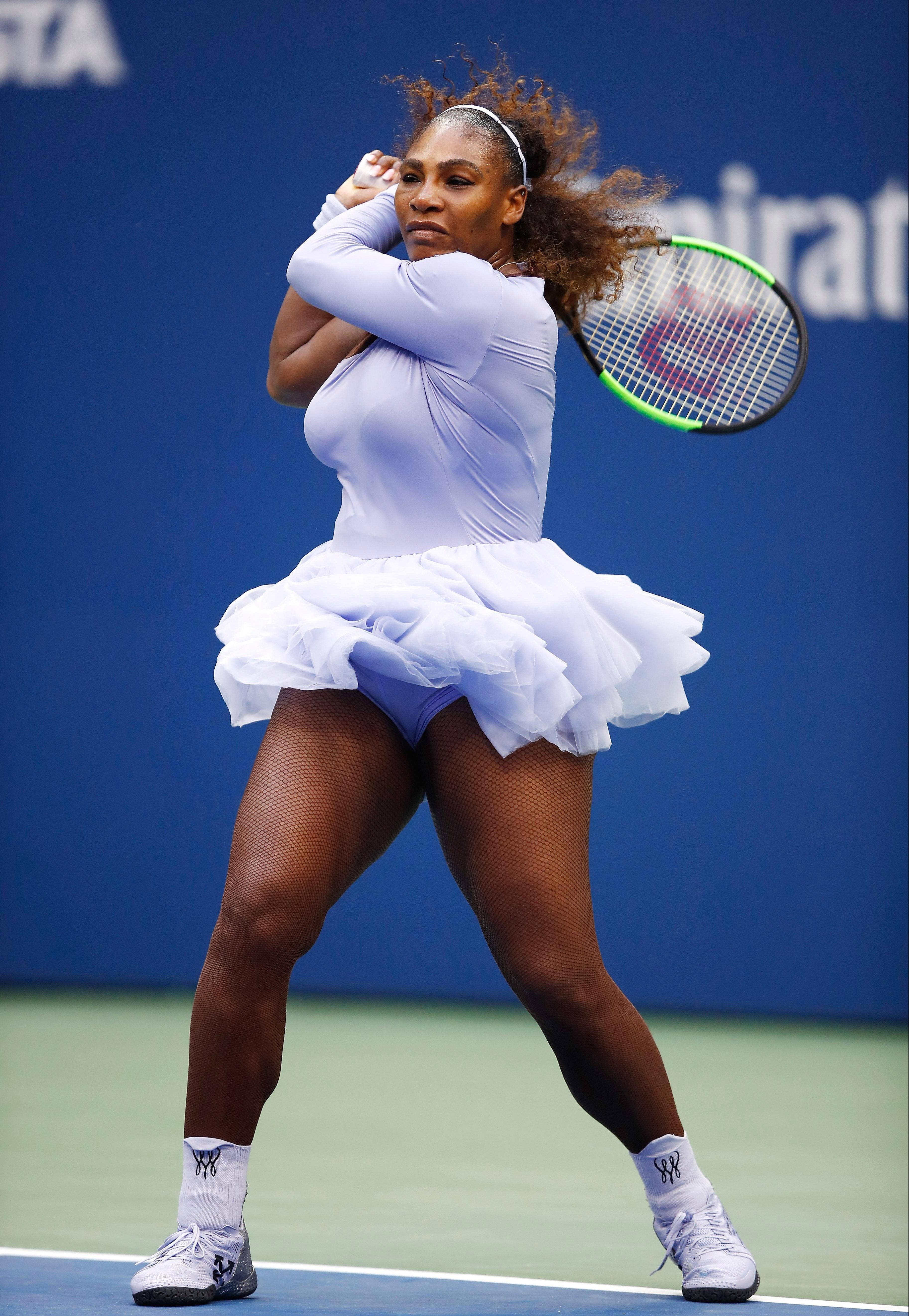 Williams started well and powered to a bagel first set and looked to be on course for a routine victory