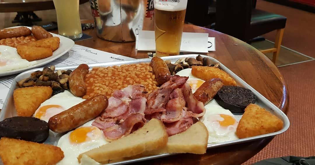 This is Craig Whyte's 'breakfast of all breakfasts' - surely not the staple diet of a sportsman