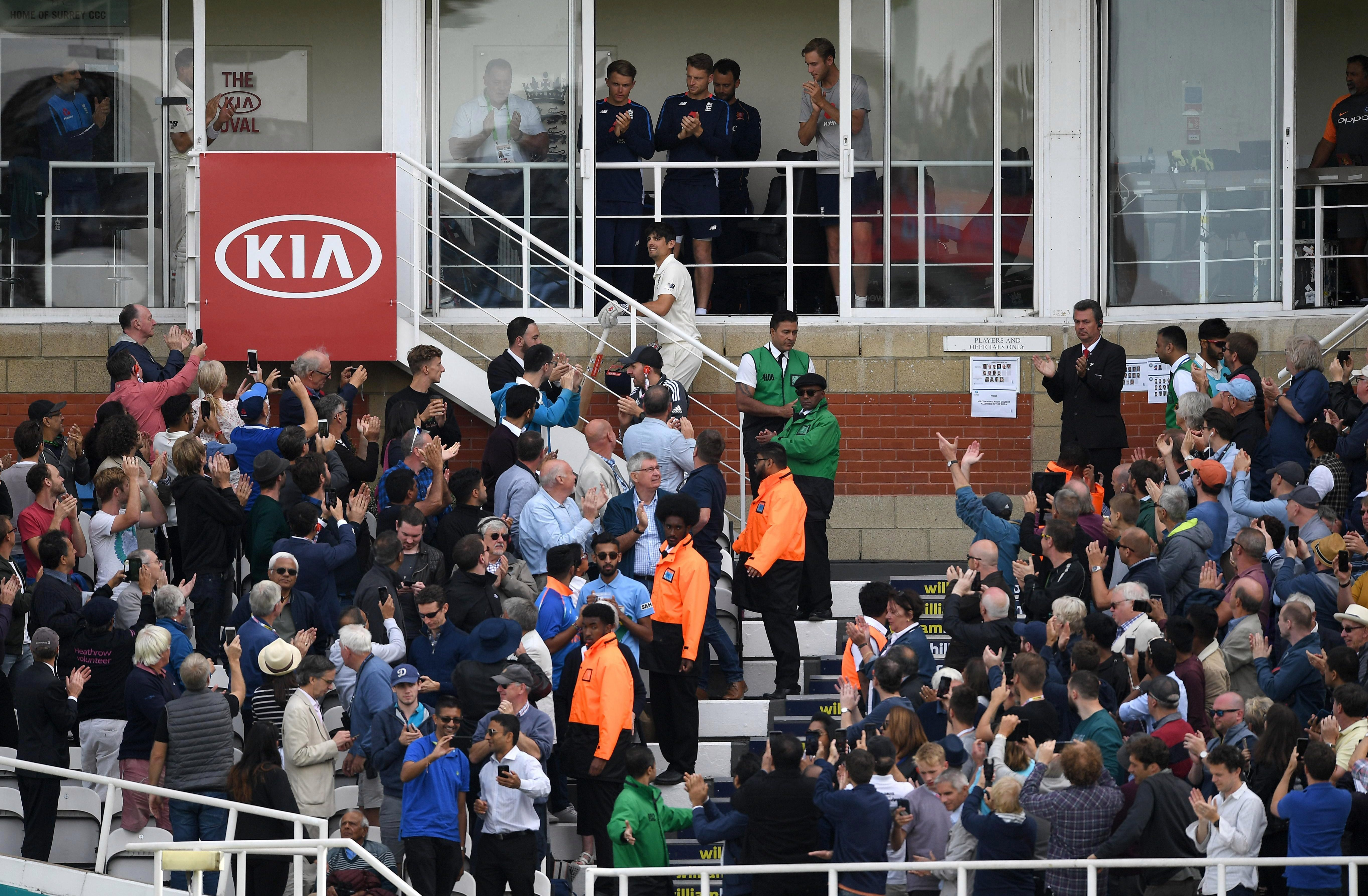 He was given no less than nine standing ovations of the Fourth Day of his final Test match