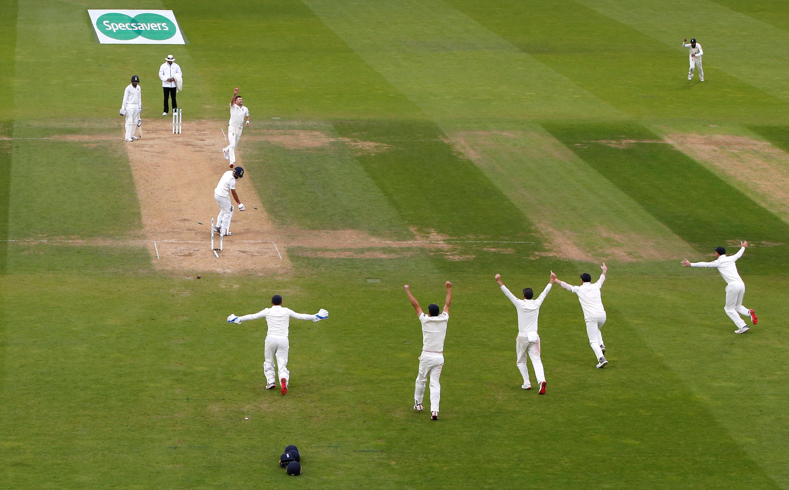England won the fifth Test by 118 runs