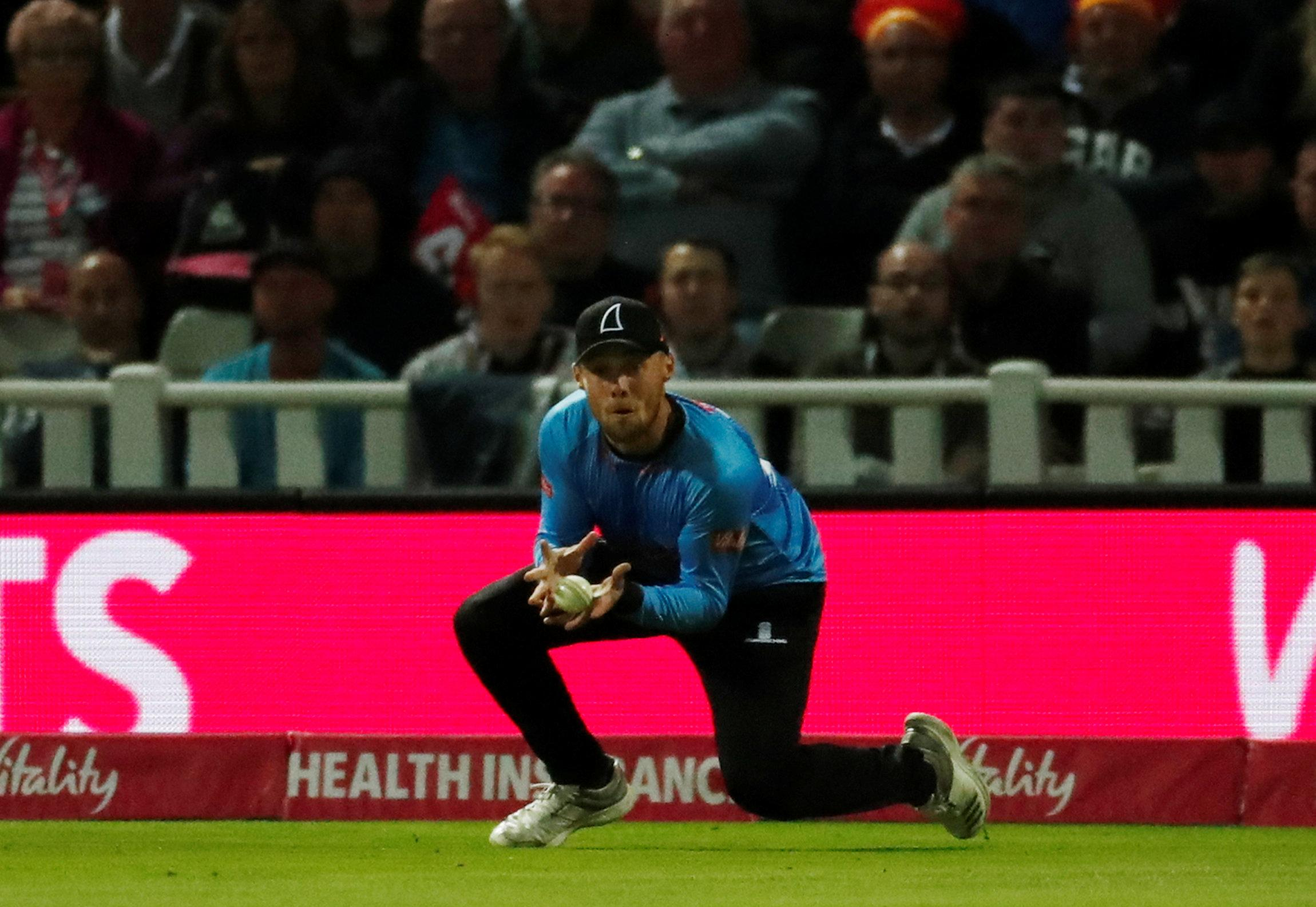 Sharks' Phil Salt catching out Ali in the T20 Blast Final