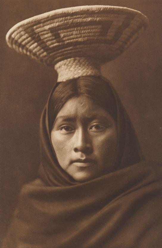 This picture shows Lúzi – a Papago woman from the Sonoran desert, in Arizona and Mexico