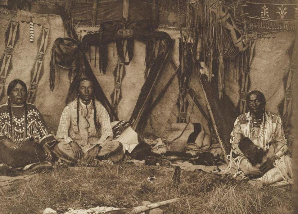 This image shows the inside of a tent inhabited by members of the Blackfoot confederacey