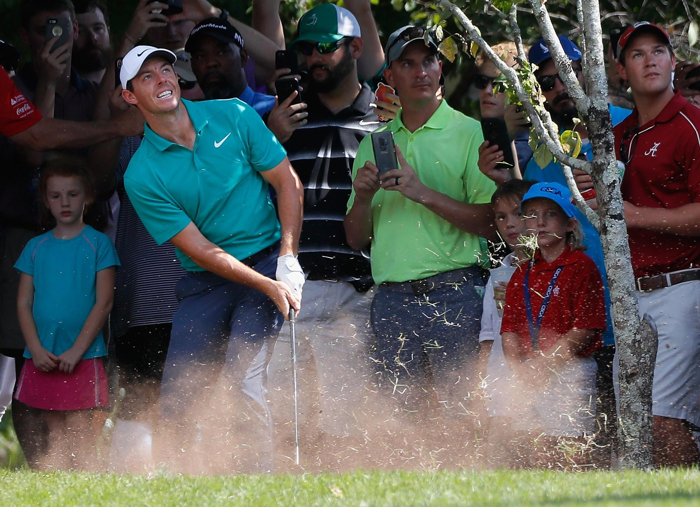 Rory McIlroy endured a difficult afternoon despite going into the final round with a tie for second
