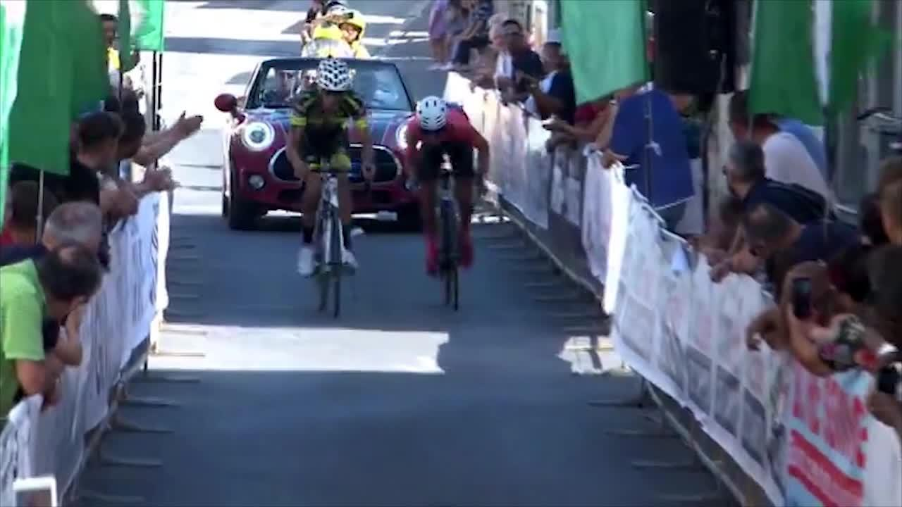 The smash happened during the Granfond del Fermano race in Italy