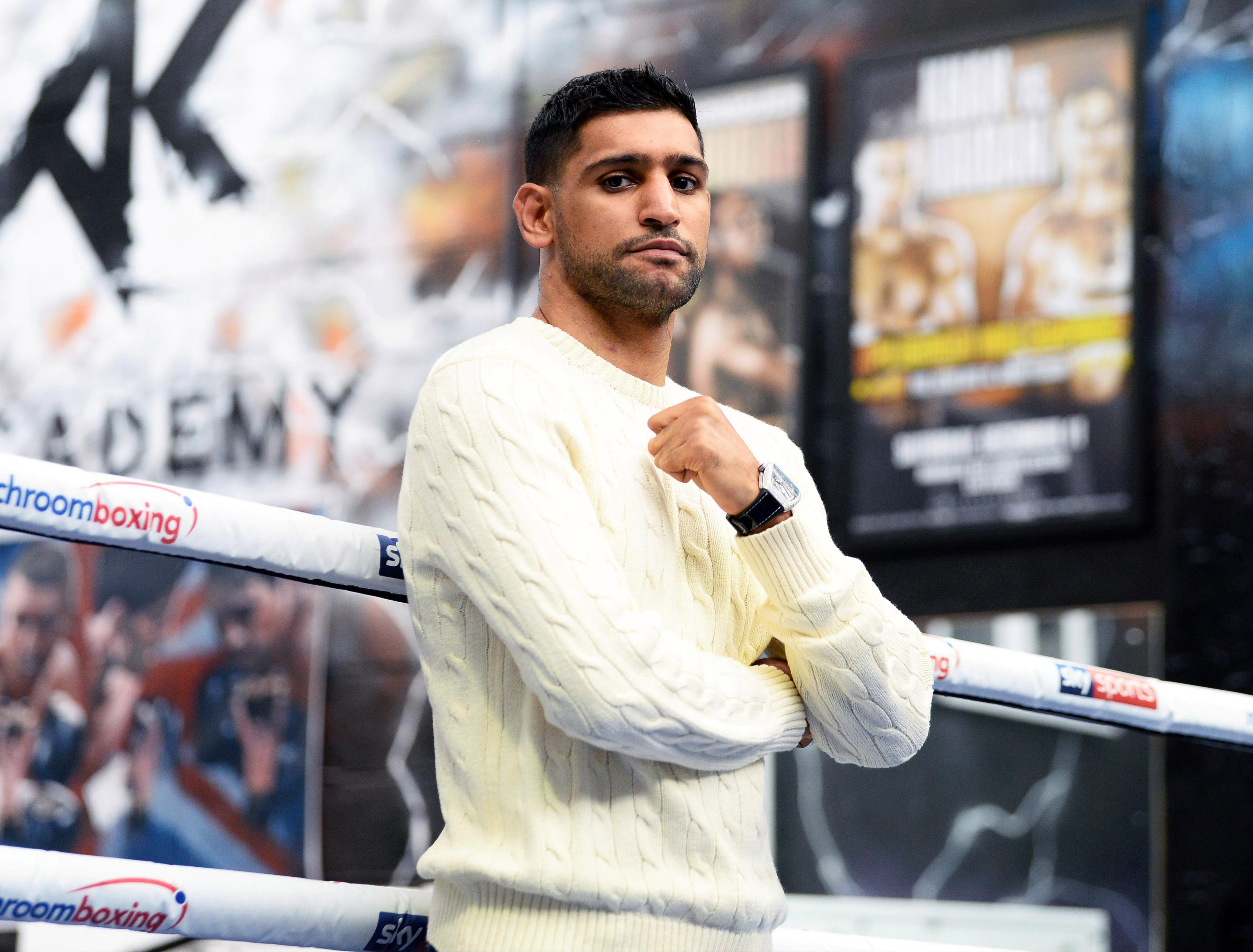 Amir Khan believes a deal can be agreed which includes a rehydration clause
