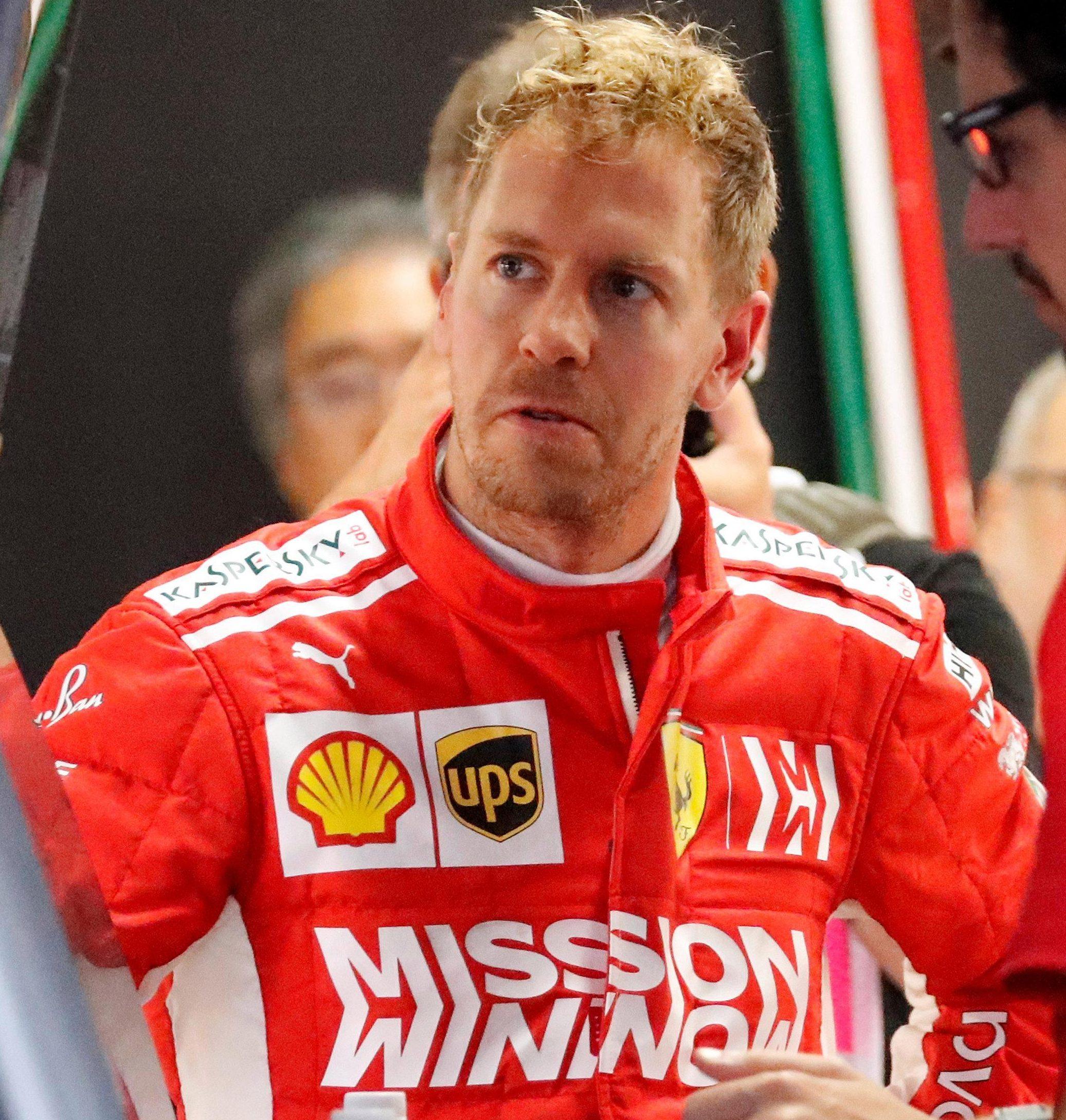 Sebastian Vettel has been slammed by ex-champ Jacques Villeneuve after big rival Lewis Hamilton took command of the F1 title race