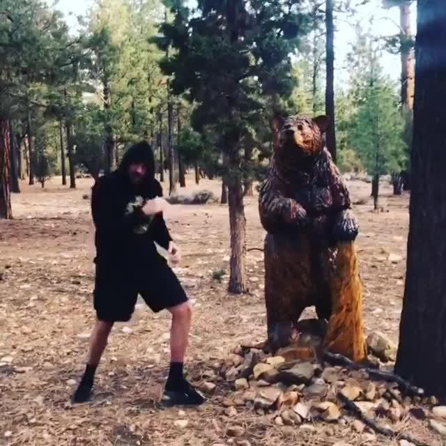 Tyson Fury is training on the gruelling bear mountain in California