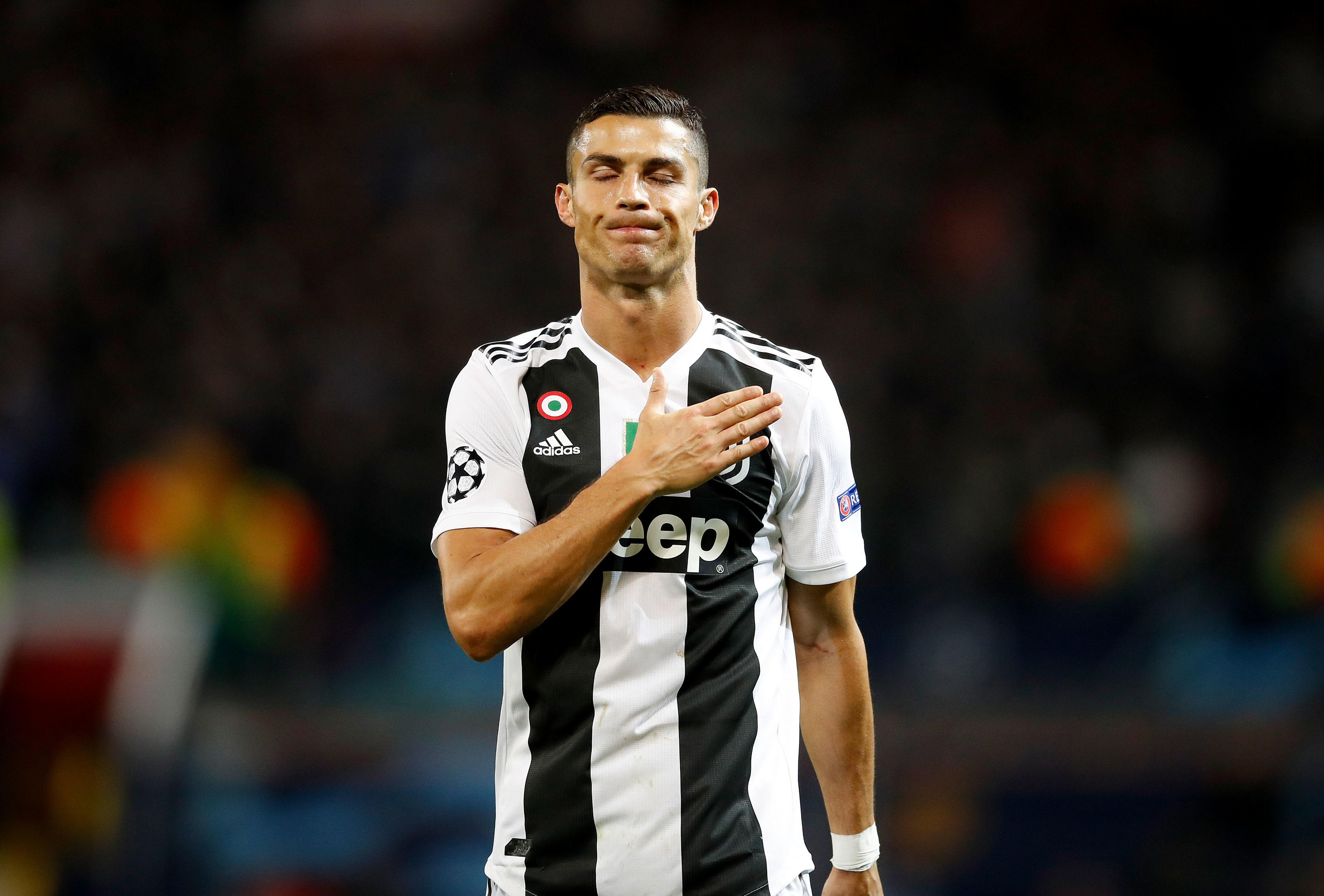 It was the Juventus fans the striker went over to first, tapping the club crest