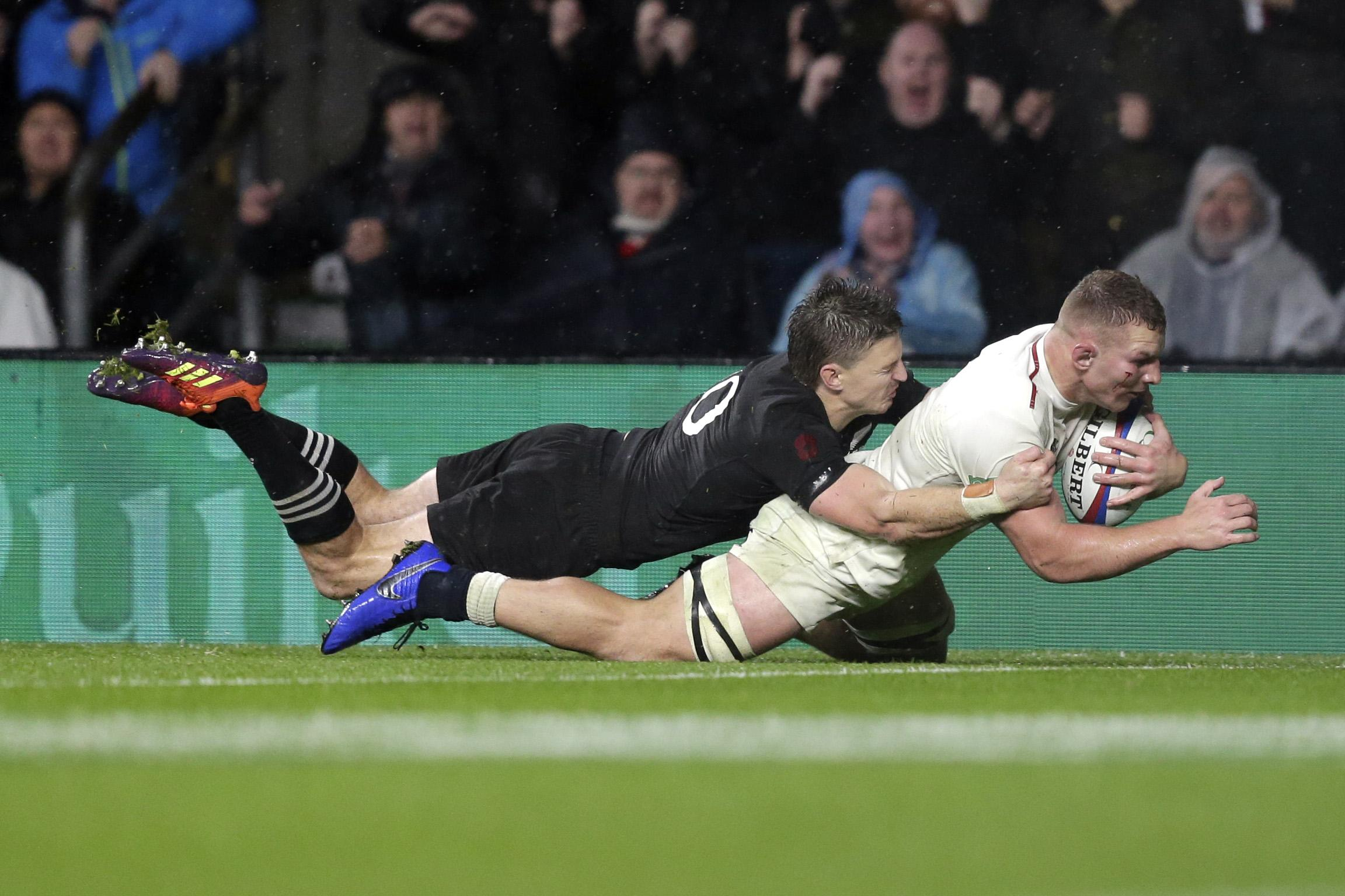 Sam Underhill was denied a 10/10 performance by the TMO as his late try was ruled out for offside
