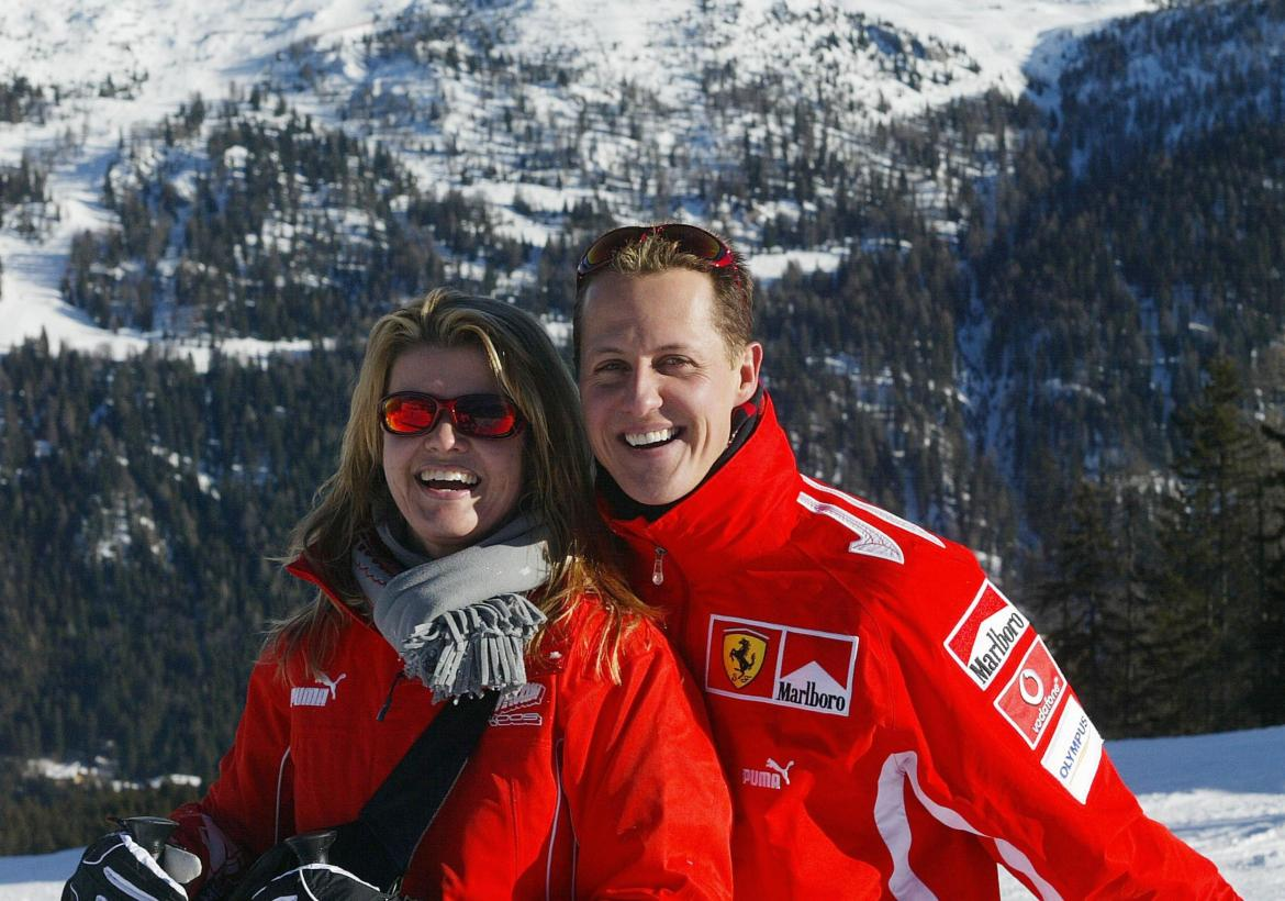 Michael Schumacher poses with his wife Corinna in 2005