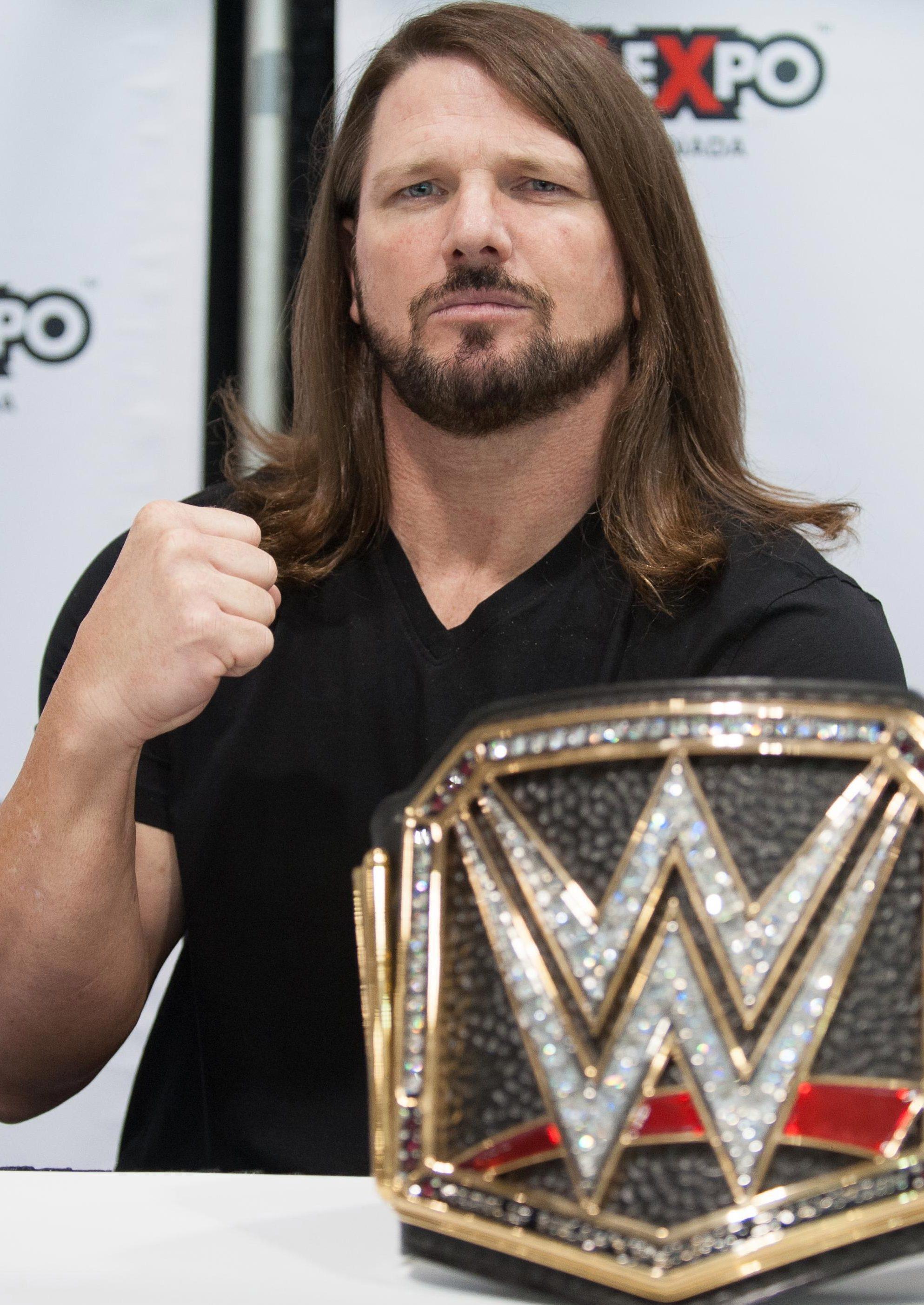 AJ Styles faces Samoa Joe for the WWE title