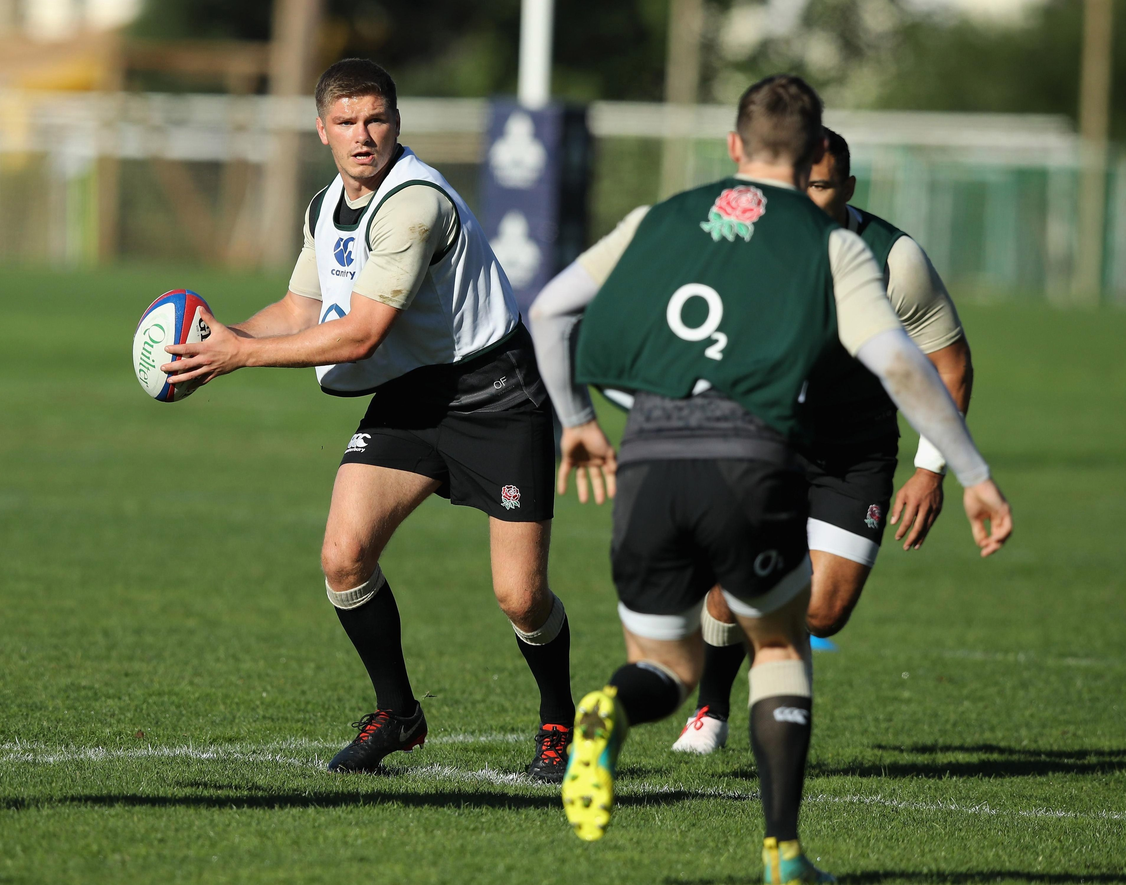 Owen Farrell will start at number ten for England against South Africa