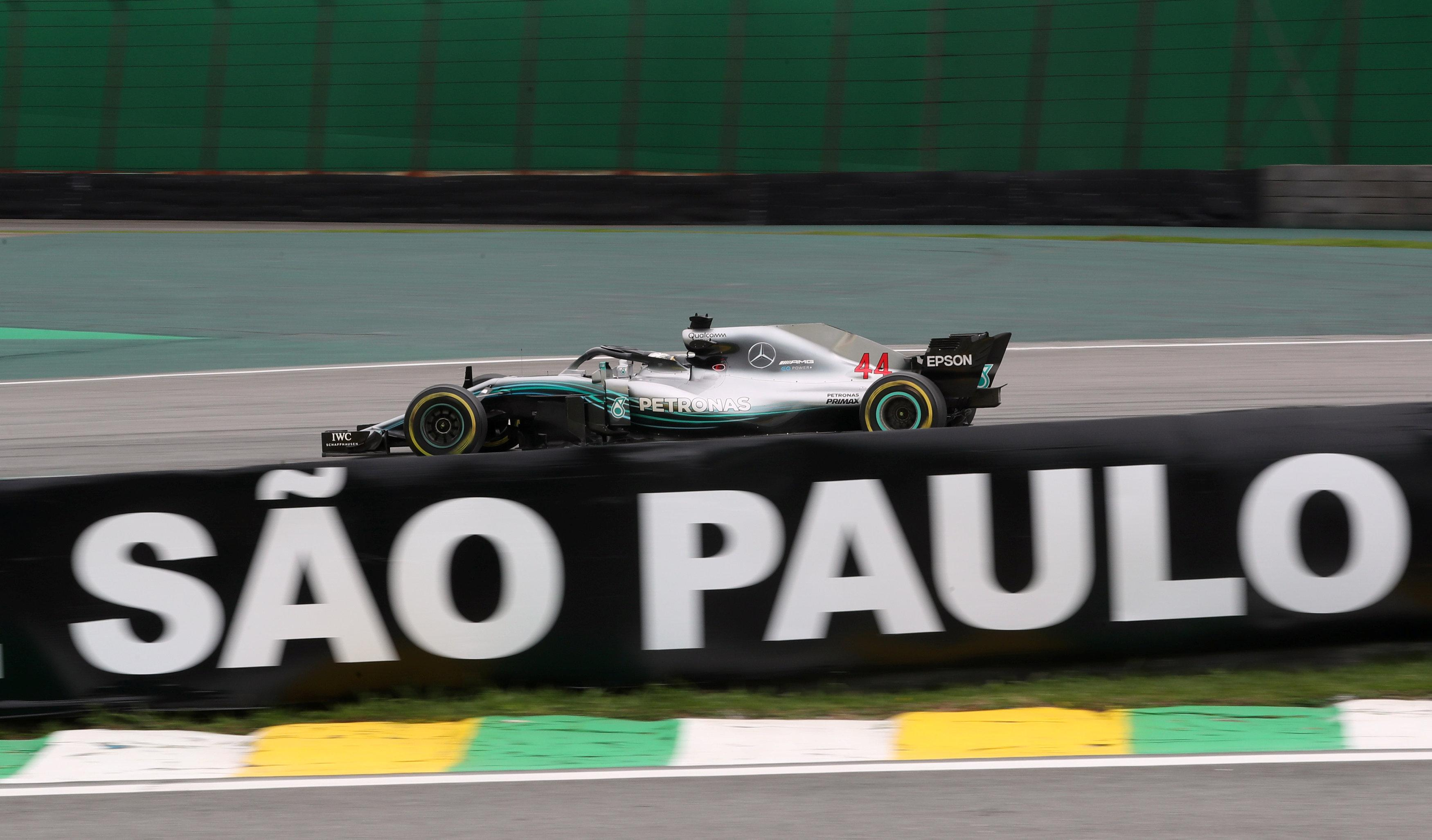 Victory in the Brazilian GP would confirm the dominance of  Lewis Hamilton