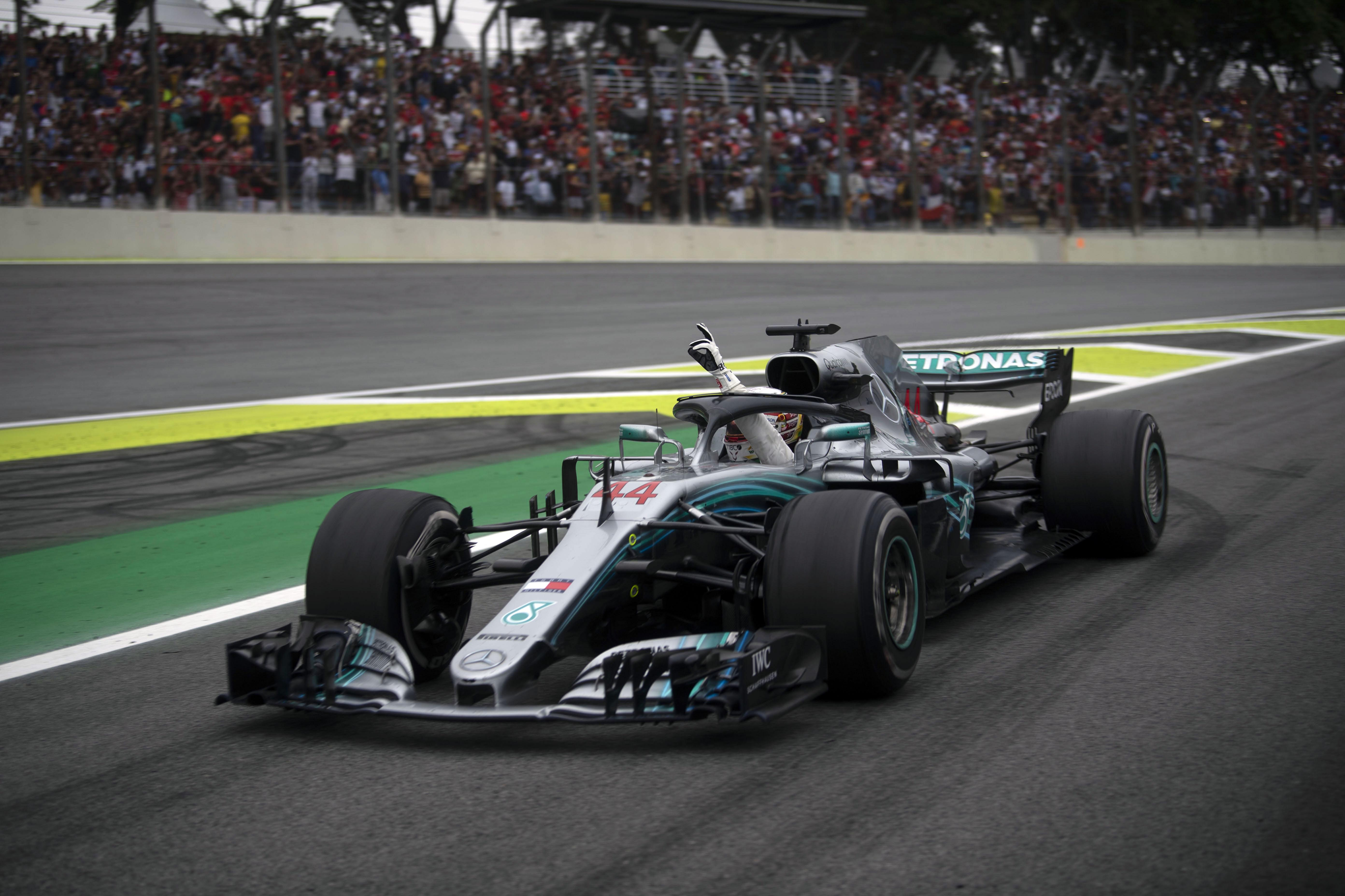 Lewis admits how he used to tell women they would have to come second to his cars