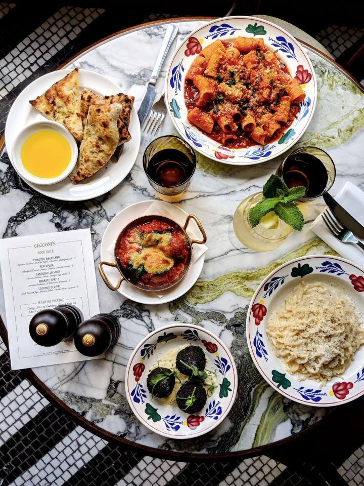 Four in 10 diners now post photos of their meals on social media when dining out, according to a study