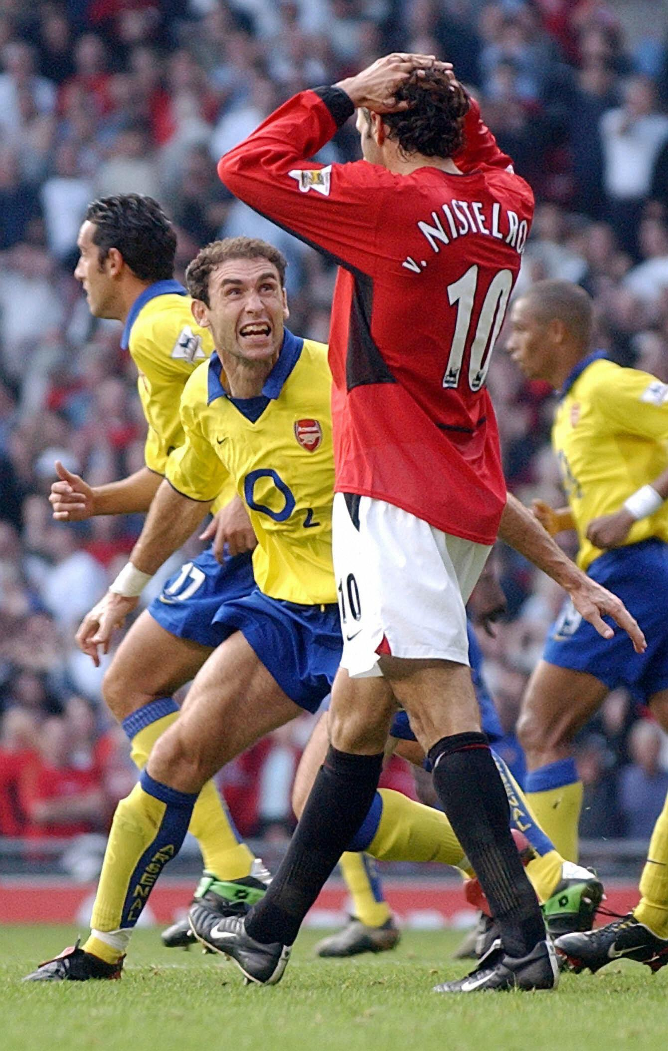 After United striker Ruud van Nistelrooy missed a penatly Martin Keown ran over to confront him