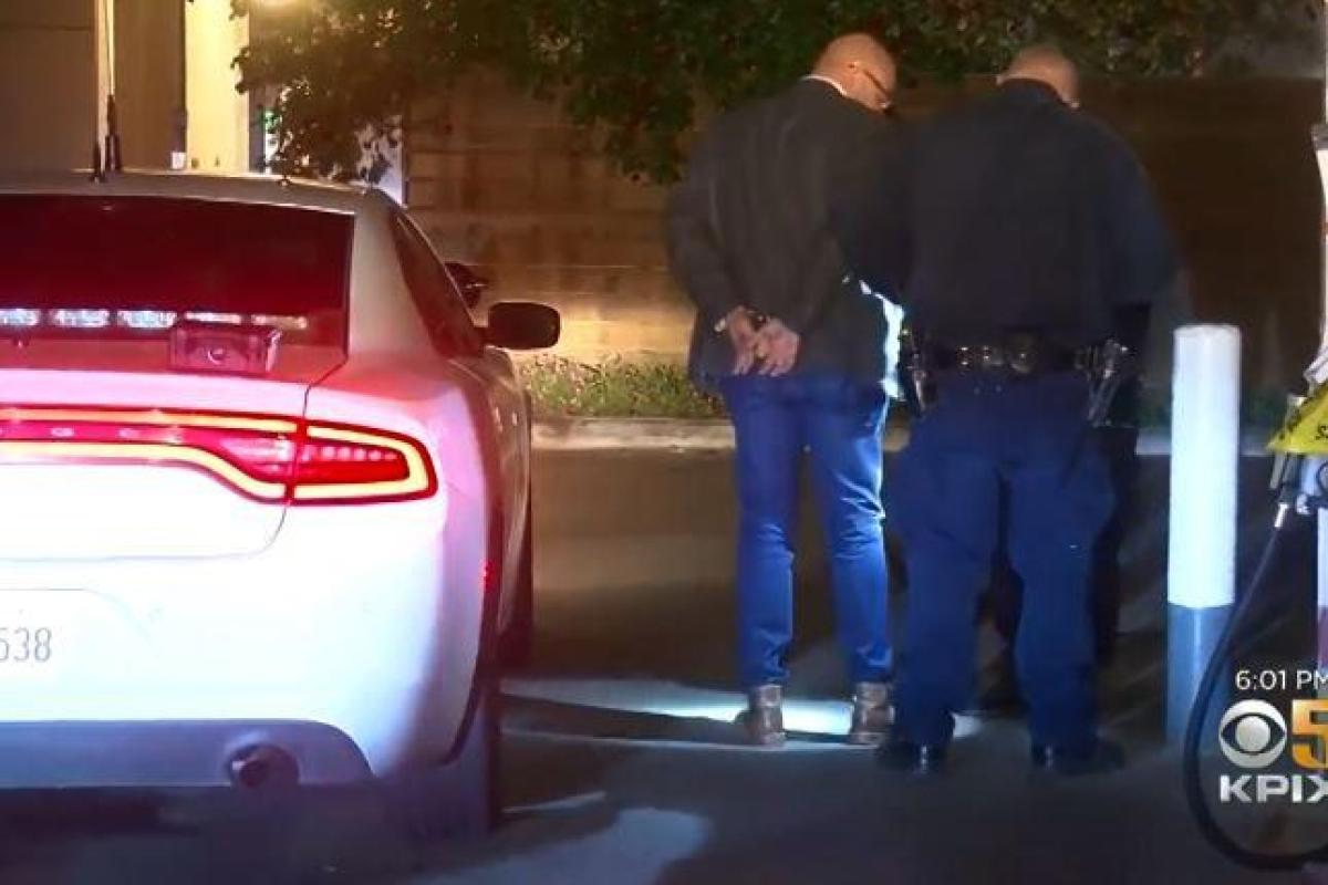 Police chase 70mph Tesla as a drunk driver falls asleep with Autopilot left on