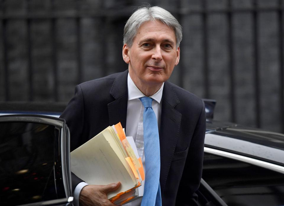 Chancellor Philip Hammond told MPs the British economy could not cope with the chaos of a No Deal and they should back the PM's deal