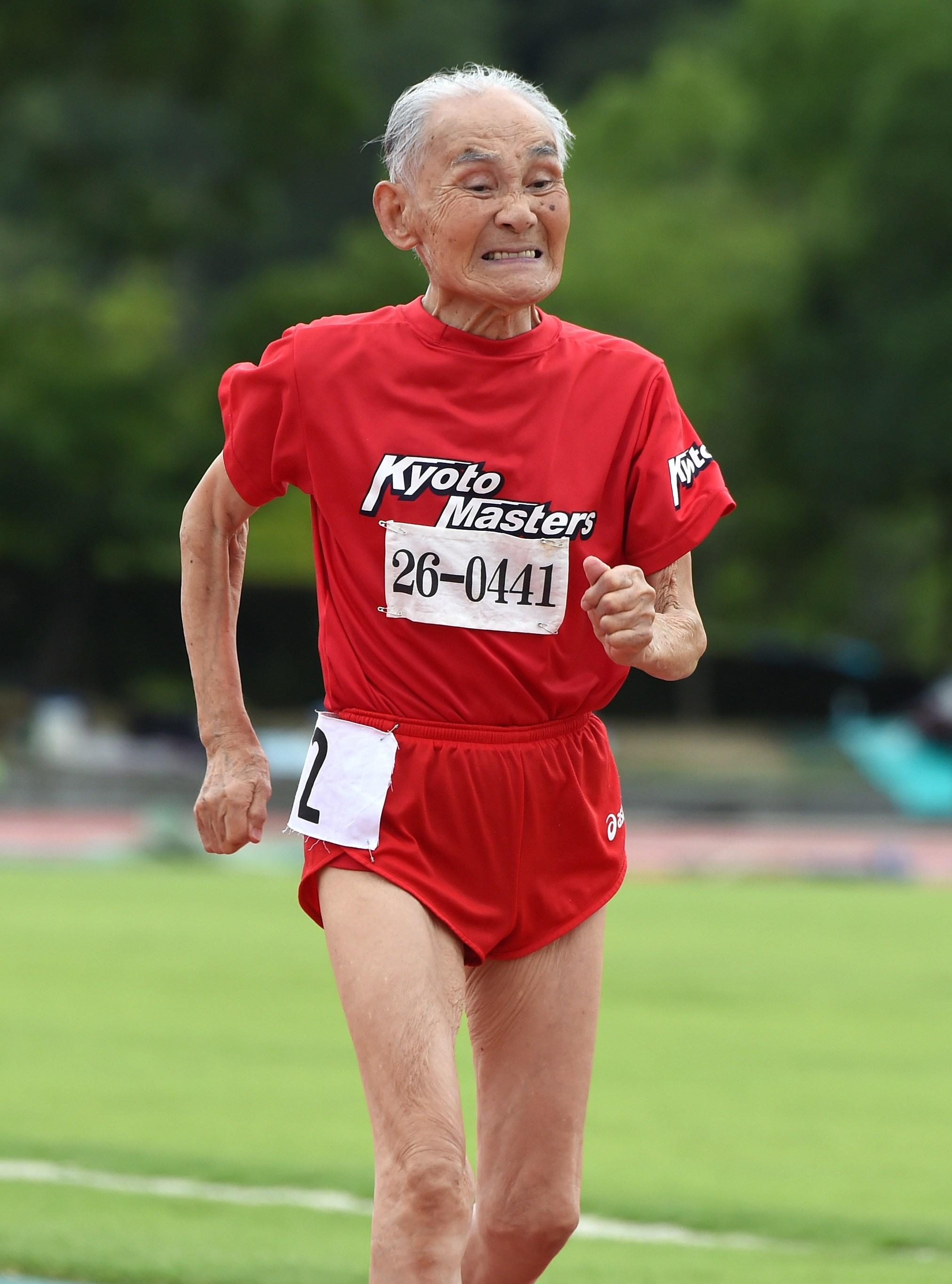Hidekichi Miyazaki during his record setting 100m race