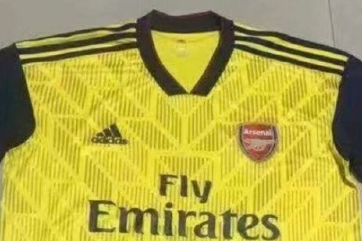 best sneakers 7bce6 8c807 Arsenal's new 2019-20 Adidas home and away kits 'leaked ...