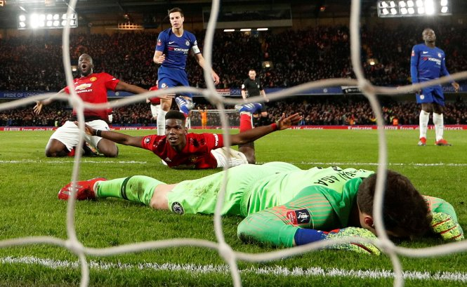 Chelsea were beaten 2-0 in the FA Cup by Manchester United on Monday