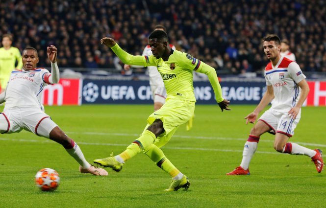Ousmane Dembele had a glorious chance just 25 seconds into the match