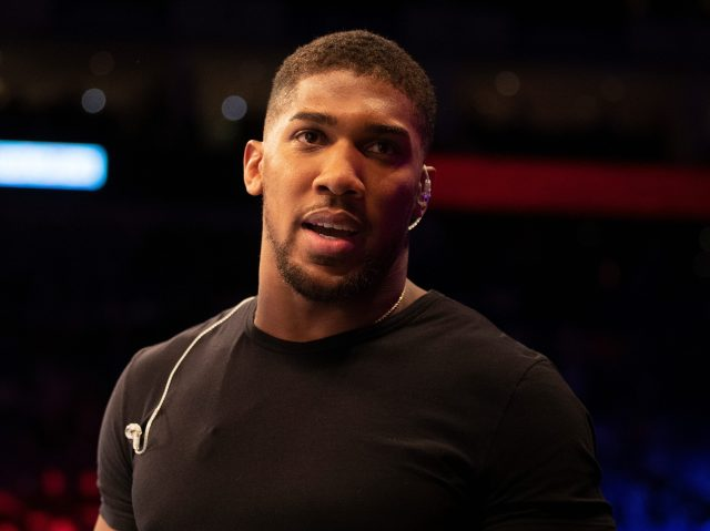 Anthony Joshua had hoped to tempt Deontay Wilder into the deal