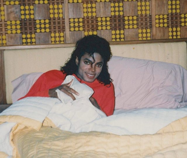 Michael Jacksons Home Was Raided Following Child Abuse Allegations