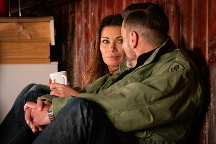 Coronation Street fans fear for Carla Connor's safety