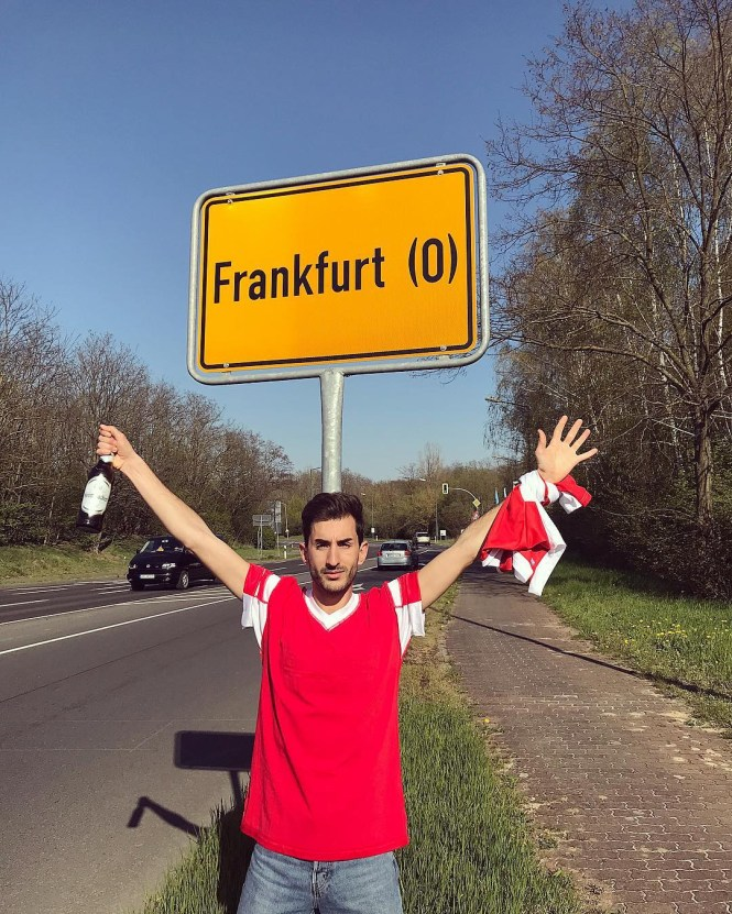Viral News From Germany: Bungling Benfica Fans Drive 1,800 Miles To The WRONG