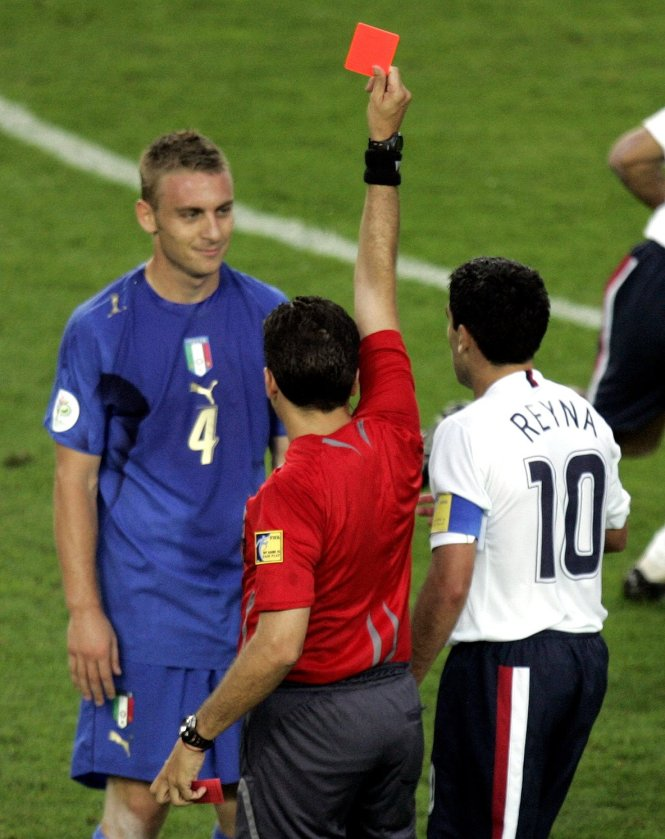 De Rossi was famously sent off at the 2006 World Cup