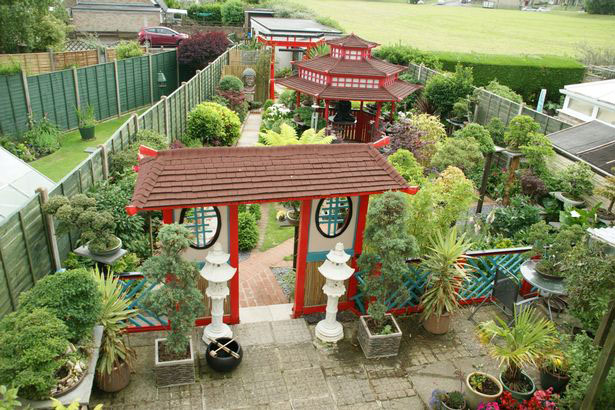 Homeowner Don Knight created a stunning Japanese-style garden at his home in in Llantwit Major, Wales