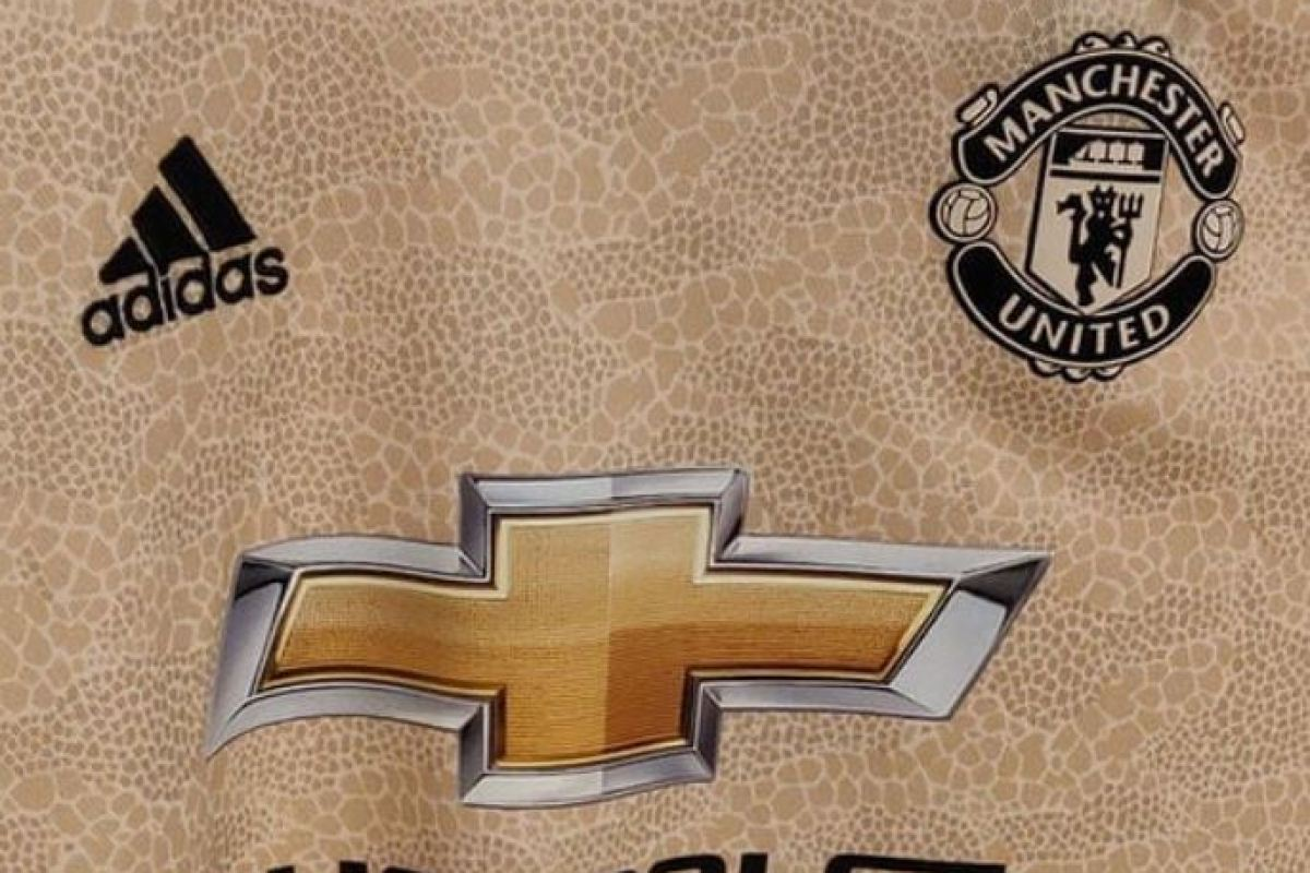 edb4af9c2 Man Utd new away kit leaked and fans say  disgusting  design is  tribute to  snakes in dressing room