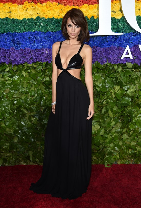 Emily Ratajkowski made sure all eyes were on her as she walked the Tony Awards red carpet