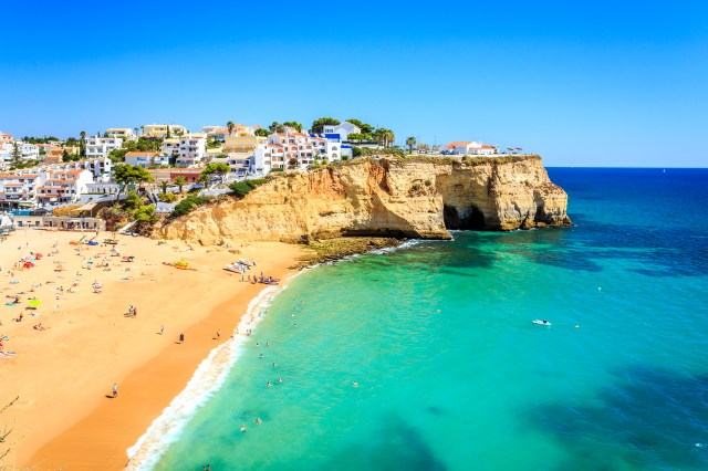 Enjoy Algarve's sunny beaches for less than £200 this Autumn