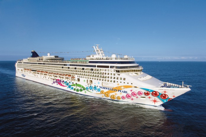 Norwegian Pearl hosted a party cruise in the Med