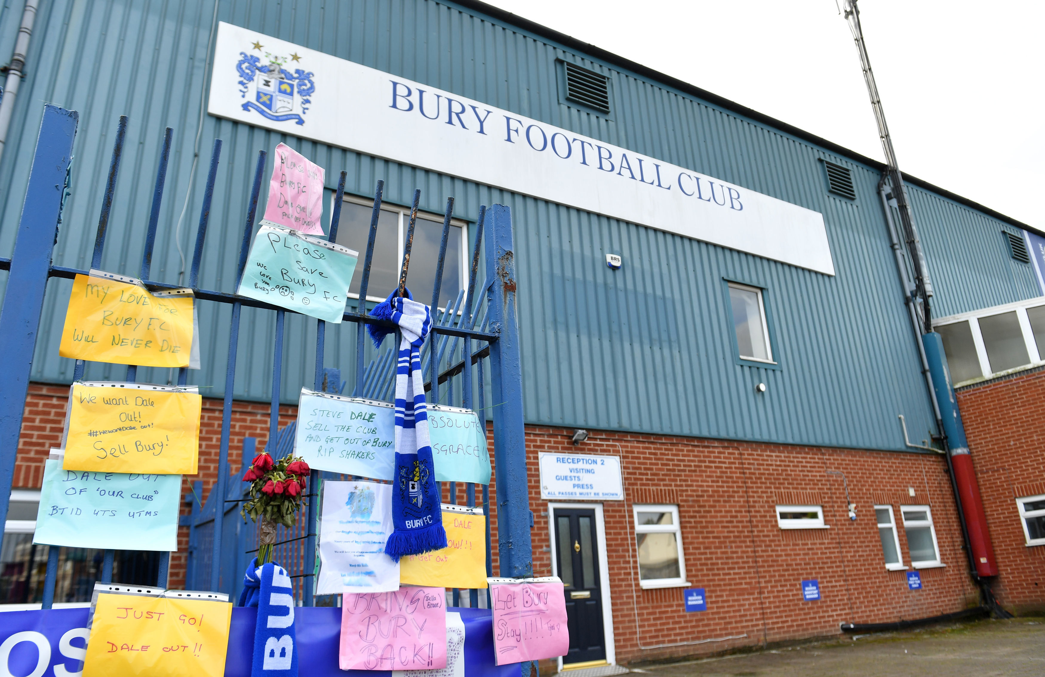 Bury owner says club has been sold as deadline looms
