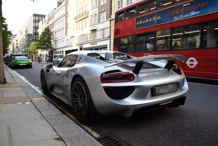This £500,000 Porsche 918 Spyder was spotted on yellow lines in Chelsea