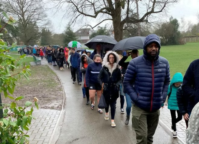 Thousands queued in the rain to see if they were a match for Oscar