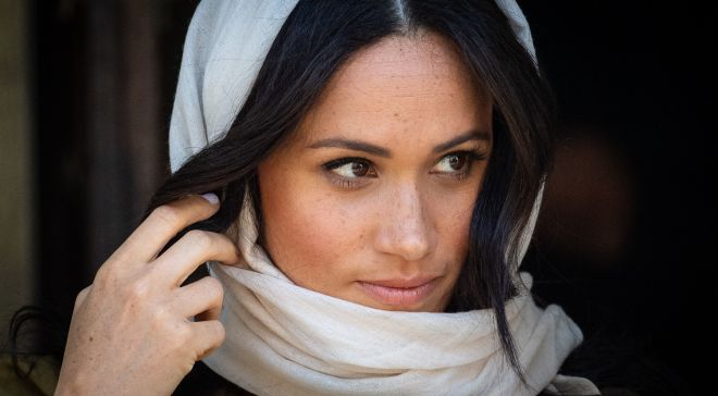 Meghan looked gorgeous as she donned a headscarf as a sign of respect for the mosque visit