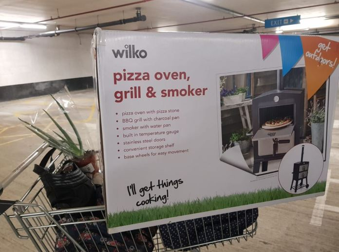 Wilkos Is Selling A Pizza Oven Grill And Smoker For Just