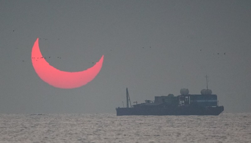 Once the sun rose, it was fantastic red crescent