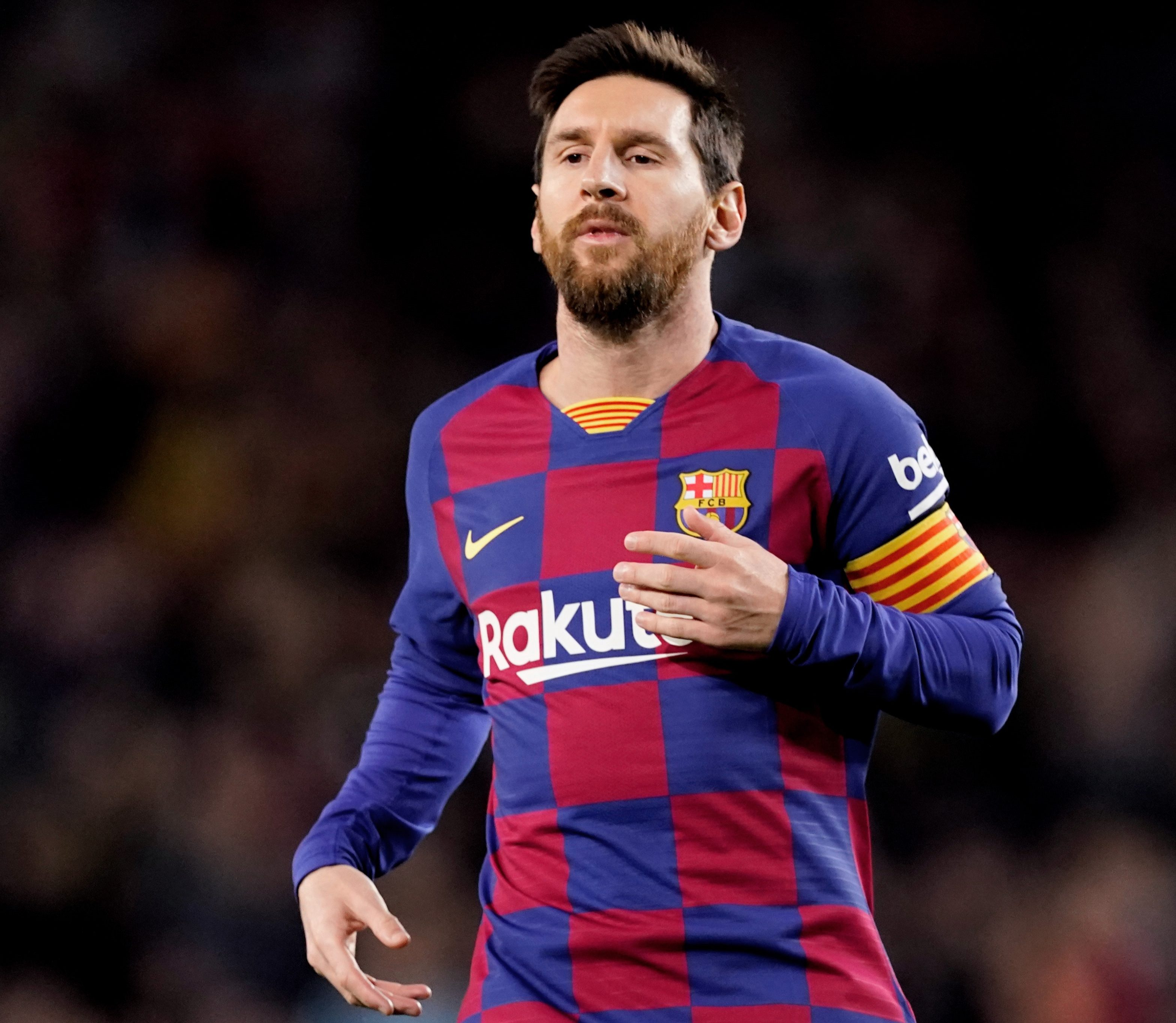 Lionel Messi set to sign new Barcelona contract but only if he can ...