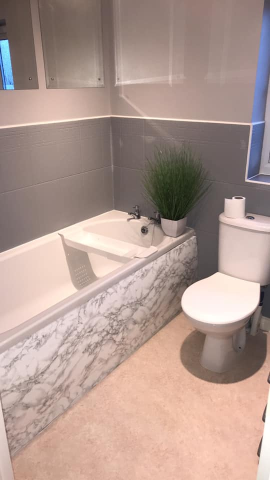 crafty mum gives her bathroom a