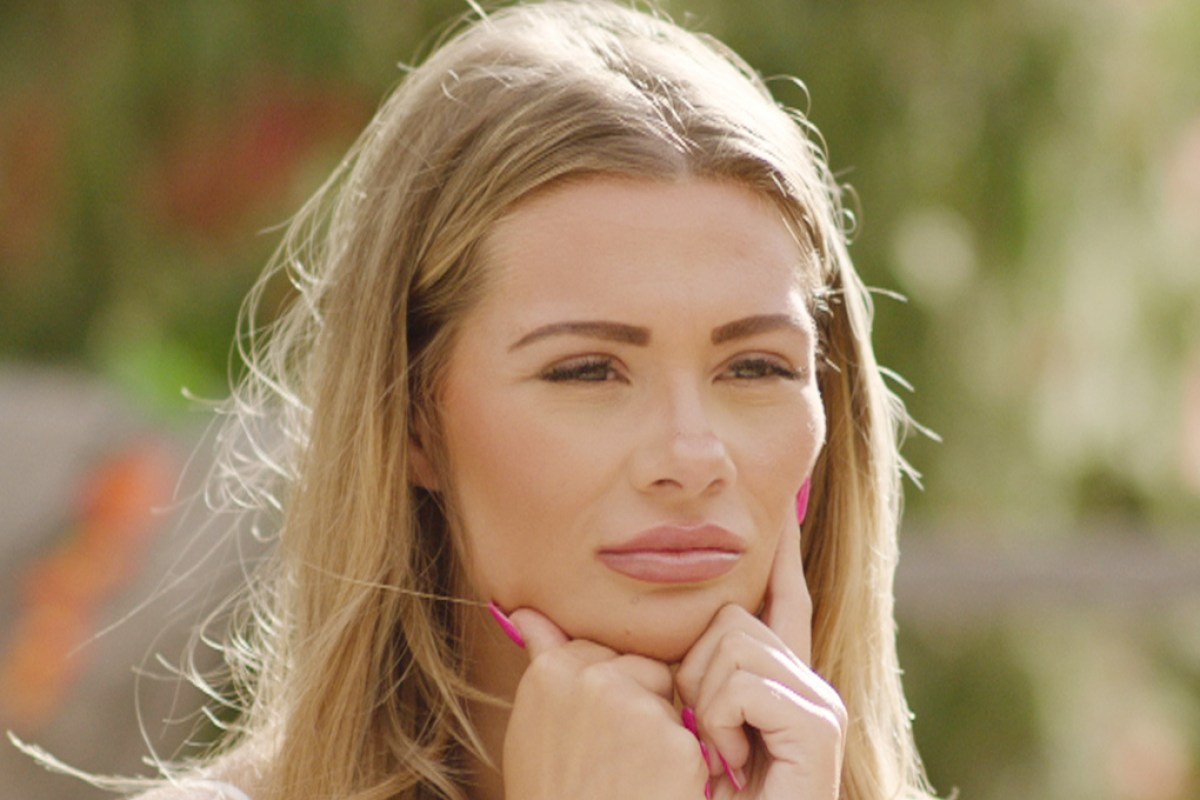 Love Island's Shaughna left furious after Callum plans to ask Molly to be his girlfriend after less than a WEEK