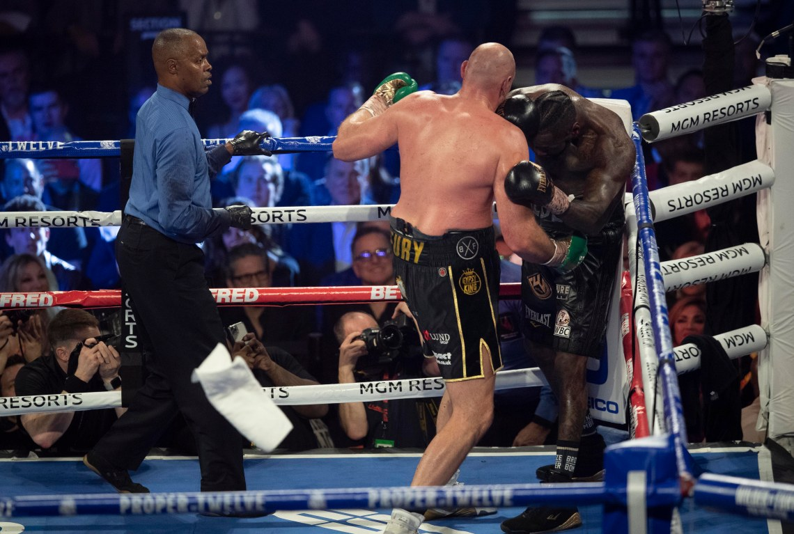 This is the moment Deontay Wilder's corner threw in the towel